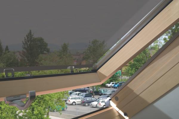 Fakro Çatı Pencere Gölgeliği İçden Görünüş