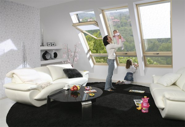 Yüksek Pivot Orta Kayıtlı Fakro Pencere Sistemi